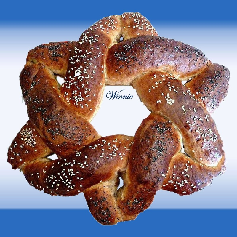 Magen-David (star-of-David) shaped Challah and Rolls