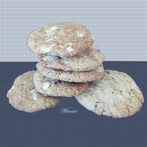 White Chocolate & Dry-Strawberry Cookies