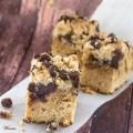 עוגת פירורים עם חמאת בוטנים ושוקולד ציפס-בב