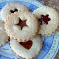 עוגיות+לינזר+עם+ריבה-ט