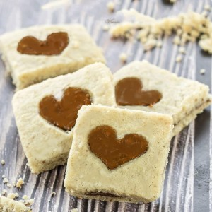 עוגיות לינזר עם ריבה או שוקולד