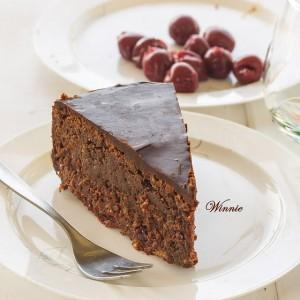 עוגת+שוקולד+דובדבנים+ללא+קמח-ד
