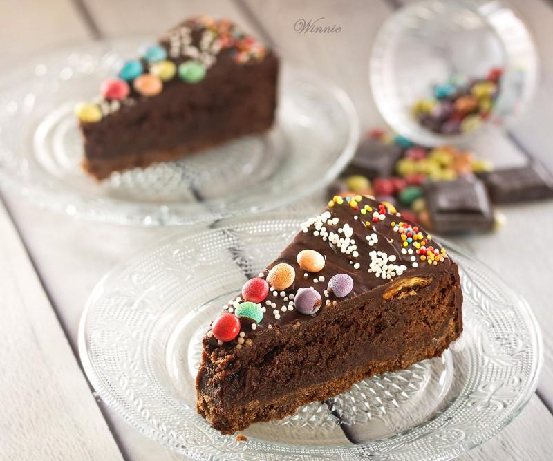 Rich Mississippi Mud Cake
