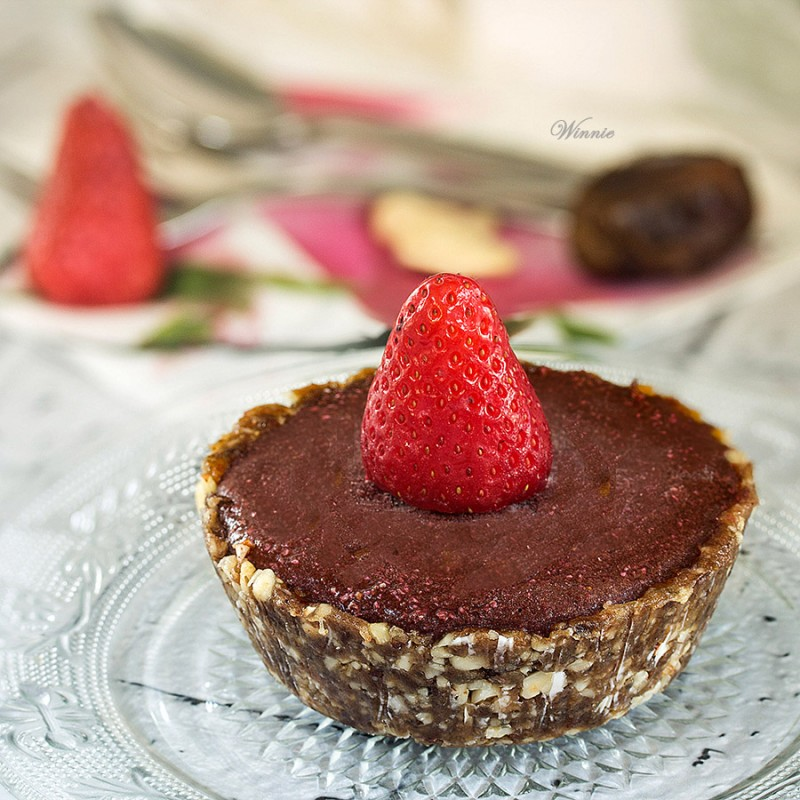 Frozen Strawberry Chocolate Tart - Gluten free