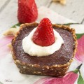 No Bake Frozen Strawberry Chocolate Tart
