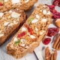 ביסקוטי אגוזים שקדים ופירות יבשים-אא