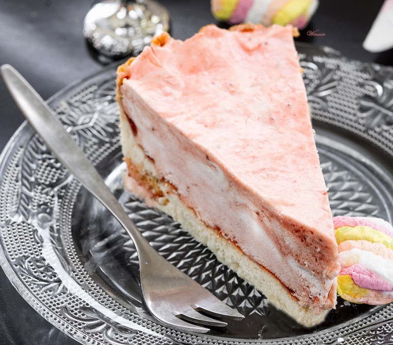 Strawberry Mousse Tart - Gluten Free