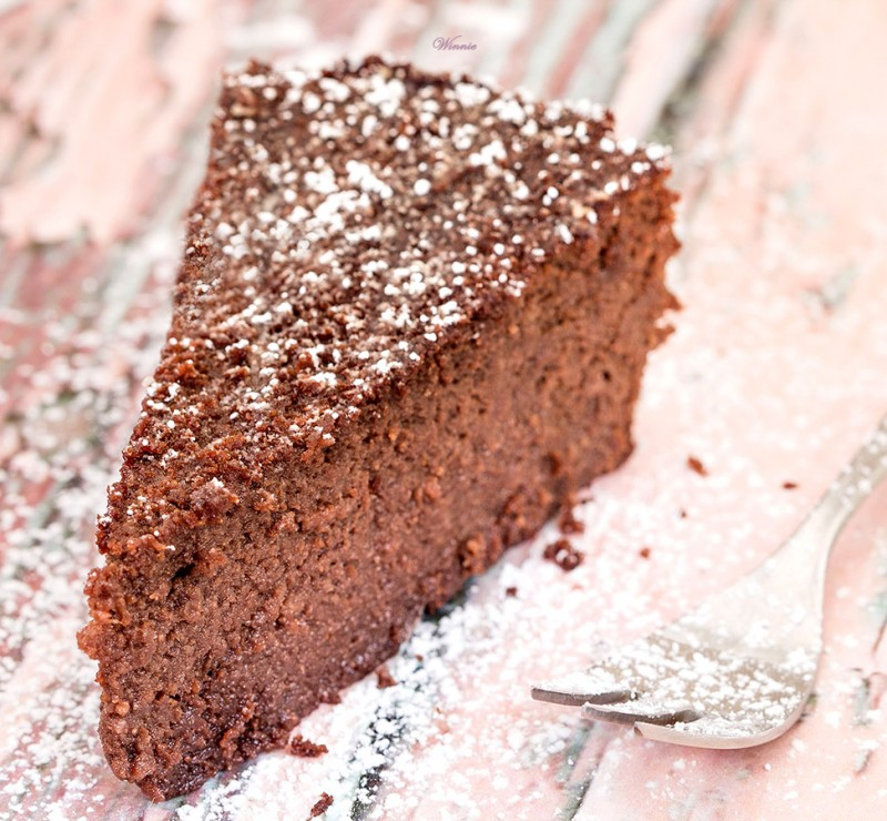 Flourless for Gluten free chocolate beetroot cake