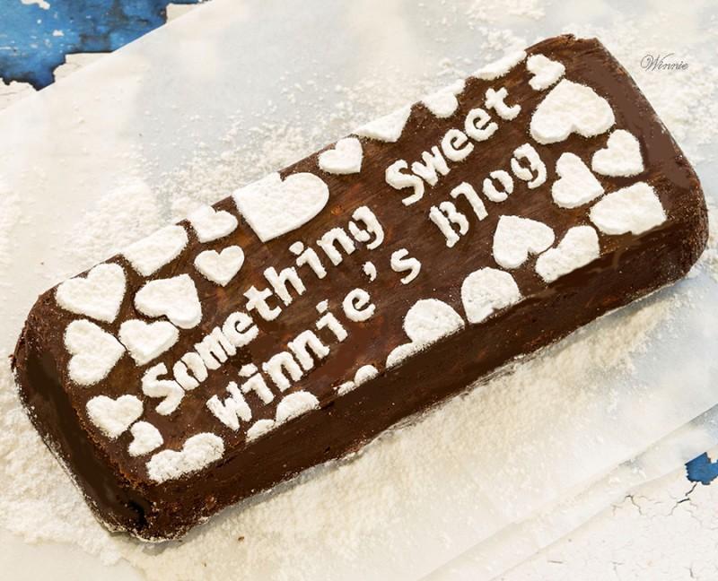 No-bake Chocolate-cookies Cake