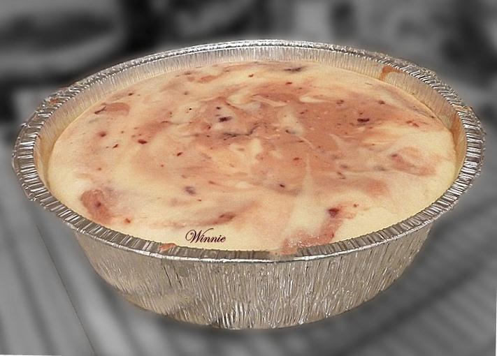 עוגת גבינה אפוייה עם דובדבנים-ט