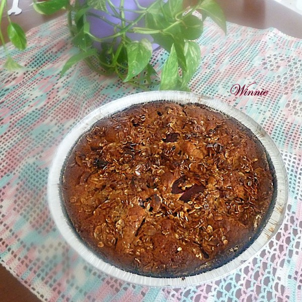 Plum-cake with date-syrup & Oats