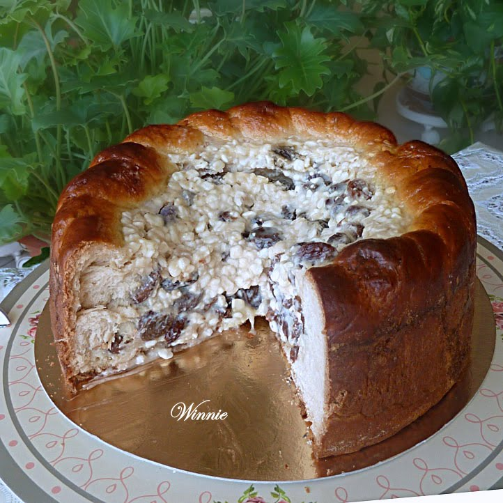 Sweet Yeast-Bread with Cottage-Cheese