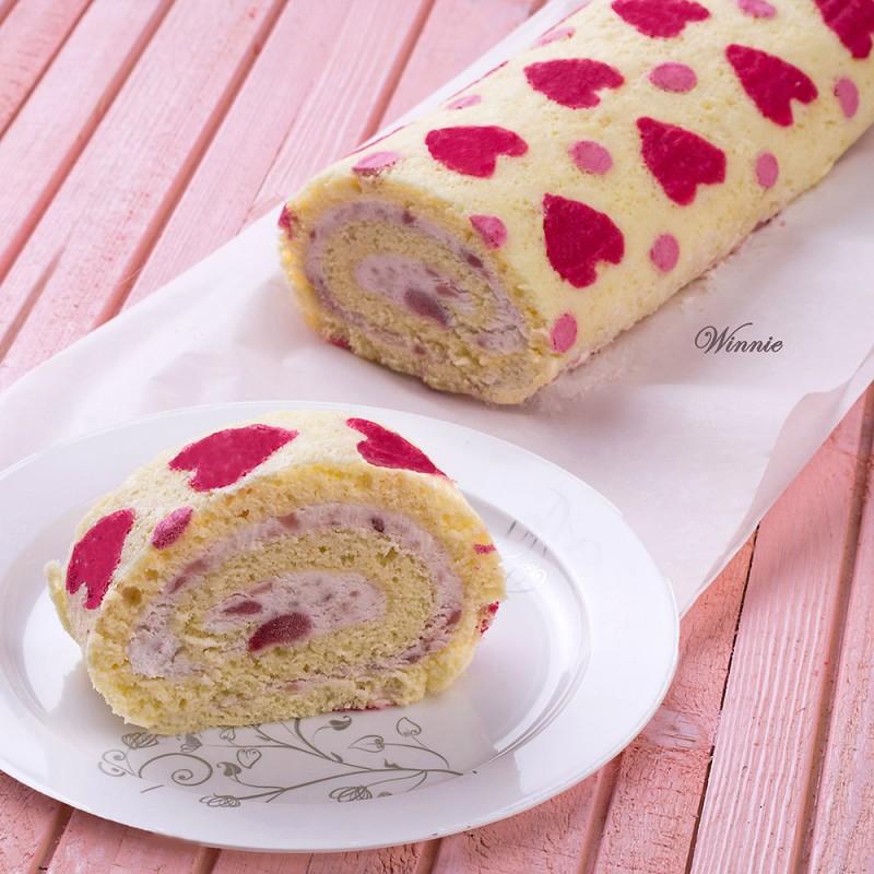 Hearts Patterned Swiss-Roll Cake