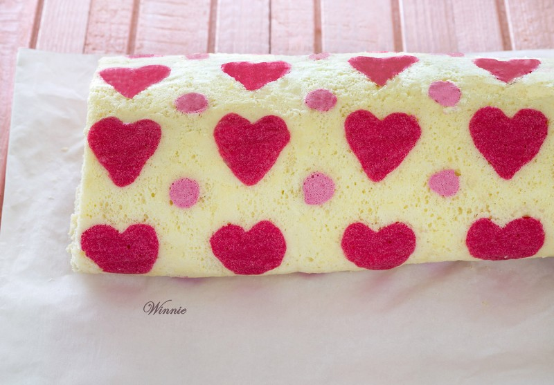 Hearts Patterned Swiss-Roll Cake