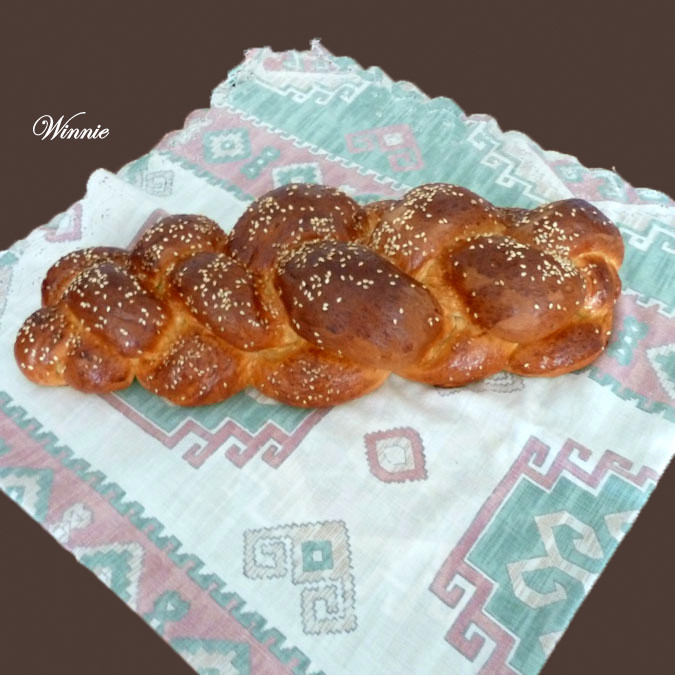 Challahs and Rolls with Semolina flour - Tangzhong method