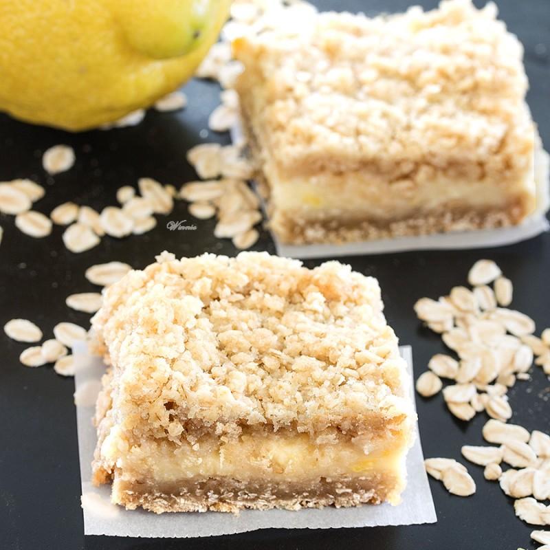 Oatmeal Lemon Crumble Bars