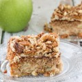 Praline Crunch Apple Cake