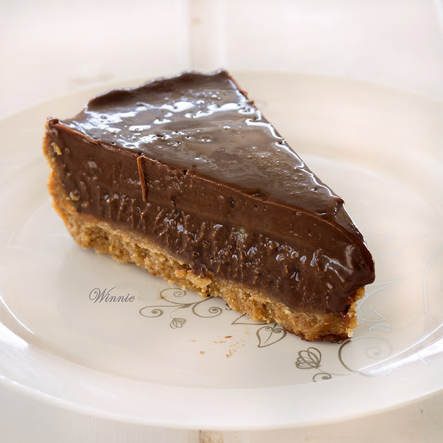 tart, chocolate, halva, fudge, no-bake, recipe, Valentine's Day, birthday, sesame, dulce de leche, dairy, kosher, desserts, sweets,