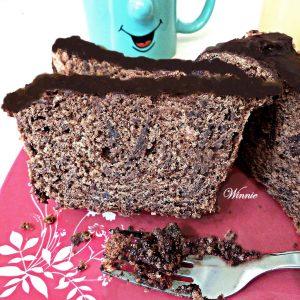 עוגת שוקולד קלה ועסיסית עם קמח תפוחי אדמה